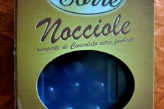 NOCCIOLE AL CIOCC FOND GR200 ART 016